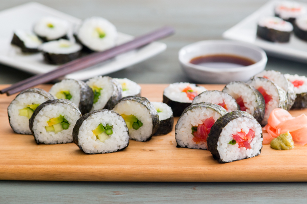 Vegetable and Spicy Tuna Maki Recipe