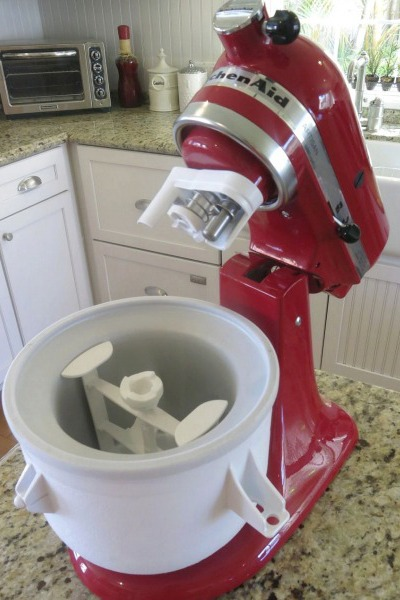Hosting an ice cream sundae party the kitchenthusiast - Gelato kitchenaid ...