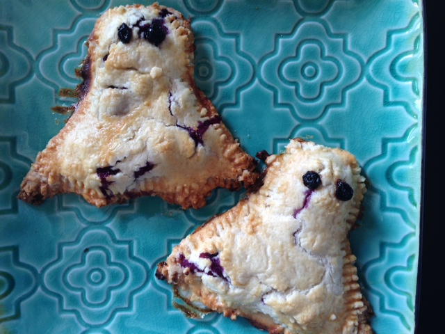 Blueberry Cream Cheese Ghost Hand Pies Recipe