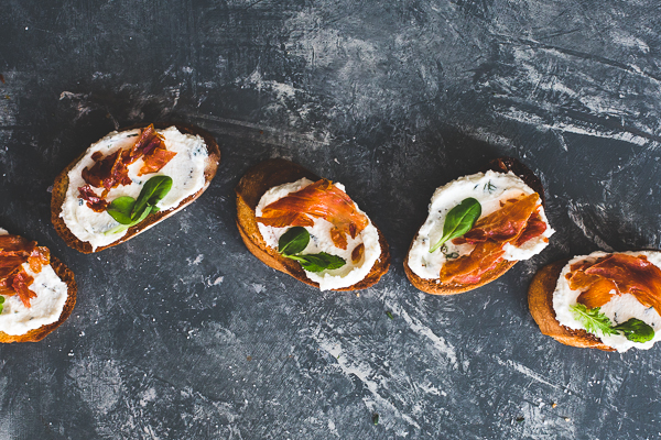Crostini with Ricotta and Prosciutto Recipe