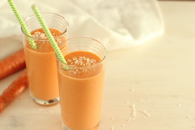 Seasonal Nutrition: Carrot Cake Mango Smoothie