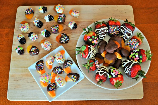 DIY: Chocolate Dipped Fruit