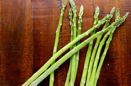 Seasonal Nutrition: Asparagus & Sweet Pea Soup