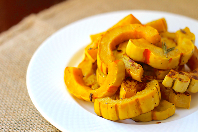 Seasonal Nutrition: Rosemary Roasted Delicata Squash