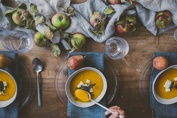 Fall Tablescape + Kobacha Apple Sage Soup