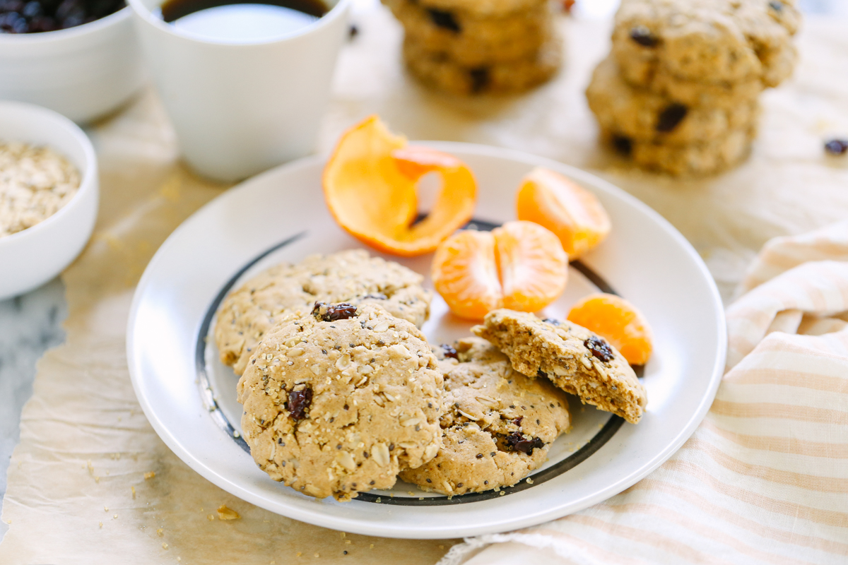 Oat and Chia Breakfast Cookies