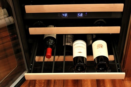 Kitchenaid Wine Fridge wine pairings for your holiday meal | the kitchenthusiast