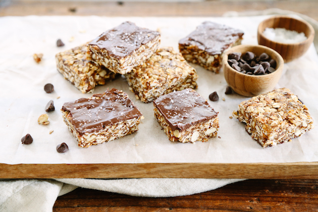 No-Bake Chocolate Almond Granola Bars