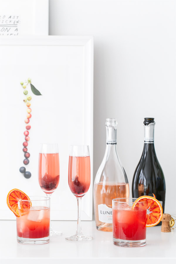 Sparkling wine cocktails the kitchenthusiast for Cocktail recipes with white wine