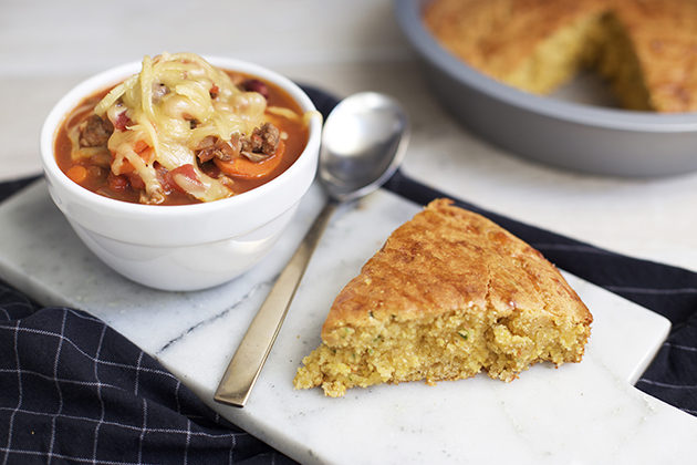 Slow Cooker Smoky Chili with Cheesy Jalapeño Cornbread Recipe