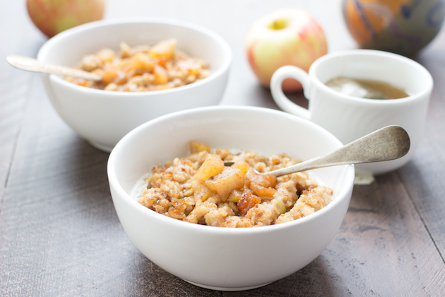 Vegan Apple Pie Oatmeal